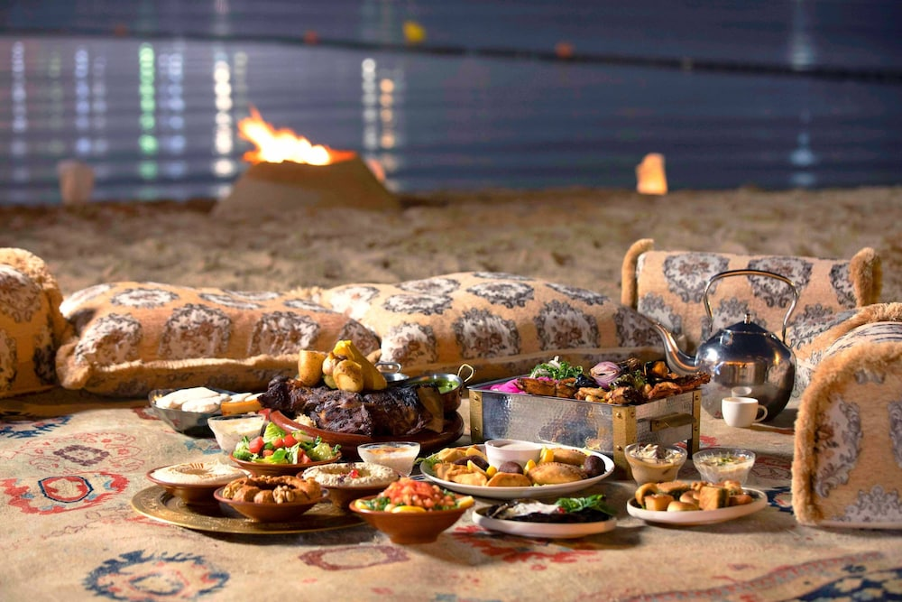 Restaurant, Sharq Village & Spa, a Ritz-Carlton Hotel