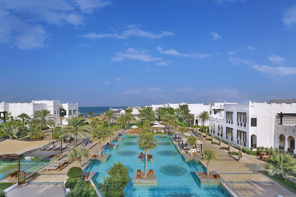 Exterior, Sharq Village & Spa, a Ritz-Carlton Hotel