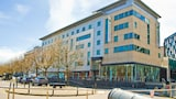 Holiday Inn Express Leeds City Centre Armouries - Leeds Hotels