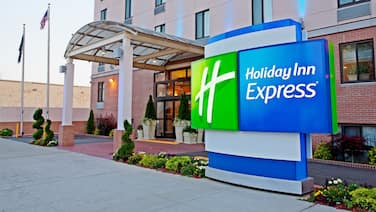 Holiday Inn Express Brooklyn, an IHG Hotel