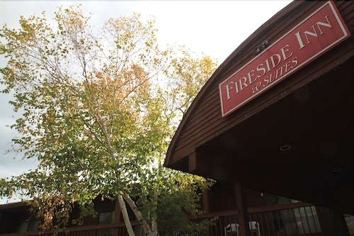 Fireside Inn & Suites Gilford