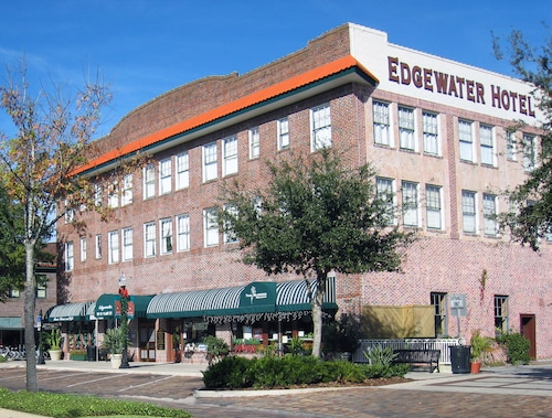 Great Place to stay Edgewater Hotel near Winter Garden