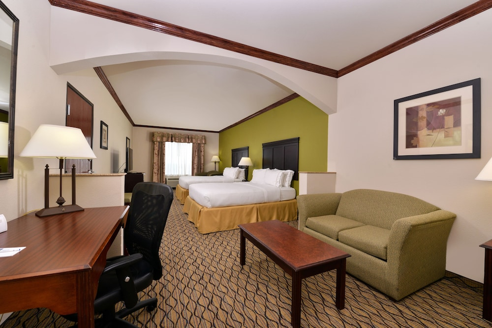 Room, Holiday Inn Express Hotel & Suites Sherman Highway 75, an IHG Hotel