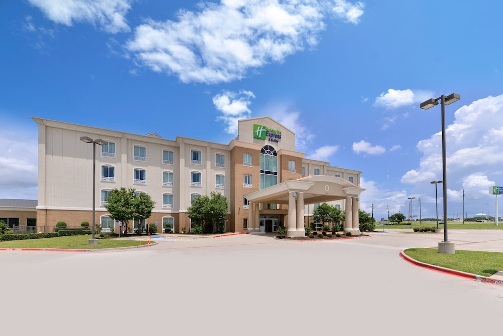 Exterior, Holiday Inn Express Hotel & Suites Sherman Highway 75, an IHG Hotel
