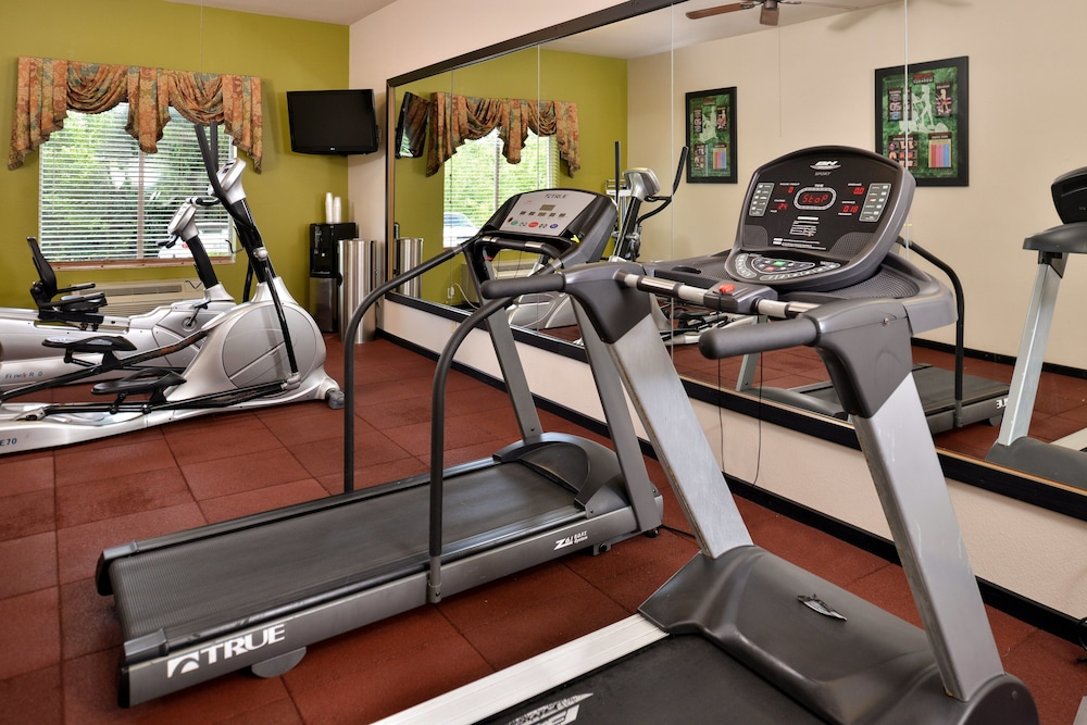 Fitness Facility, Holiday Inn Express Hotel & Suites Sherman Highway 75, an IHG Hotel