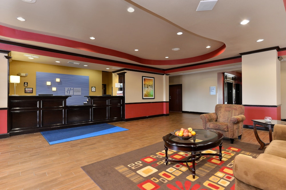 Lobby, Holiday Inn Express Hotel & Suites Sherman Highway 75, an IHG Hotel