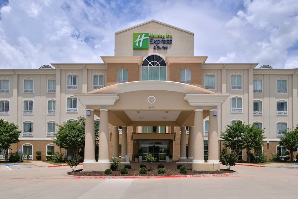 Featured Image, Holiday Inn Express Hotel & Suites Sherman Highway 75, an IHG Hotel