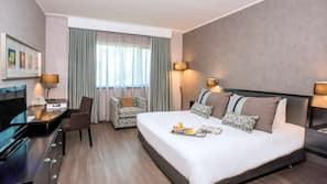 Down duvets, Tempur-Pedic beds, minibar, in-room safe