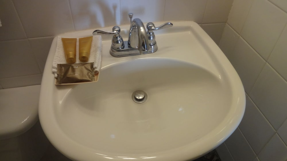 Bathroom Sink, Beach Place Hotel