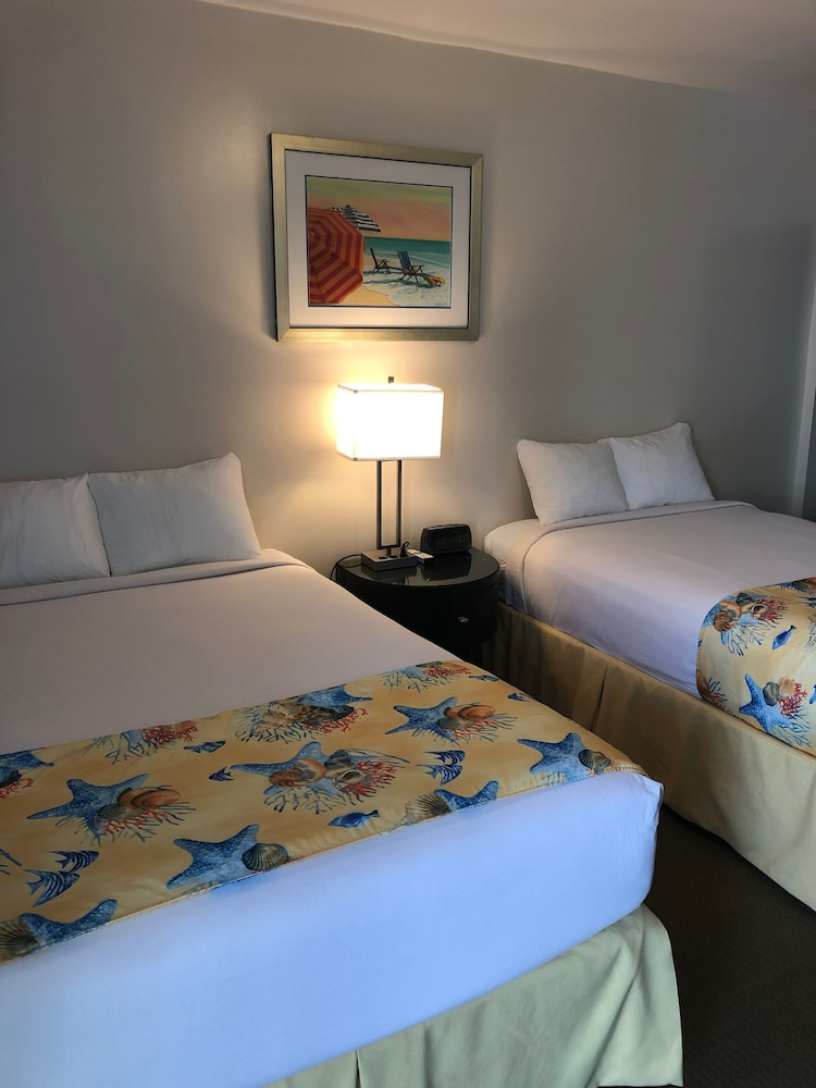 Room, Beach Place Hotel