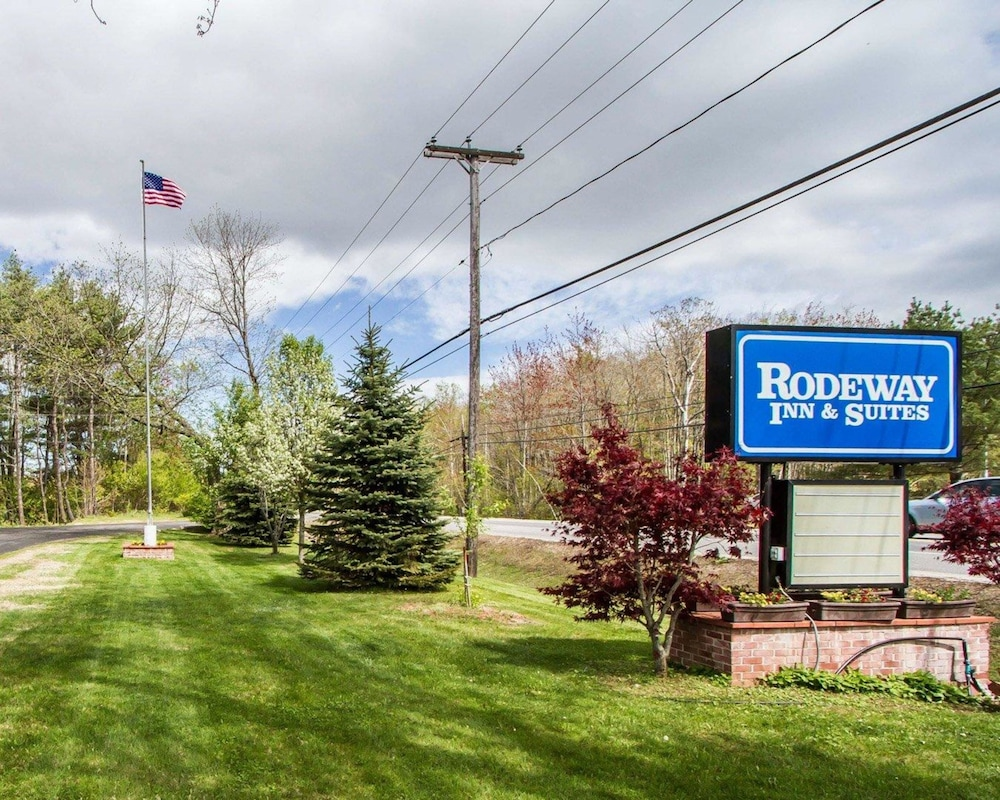 Featured Image, Rodeway Inn & Suites Brunswick near Hwy 1