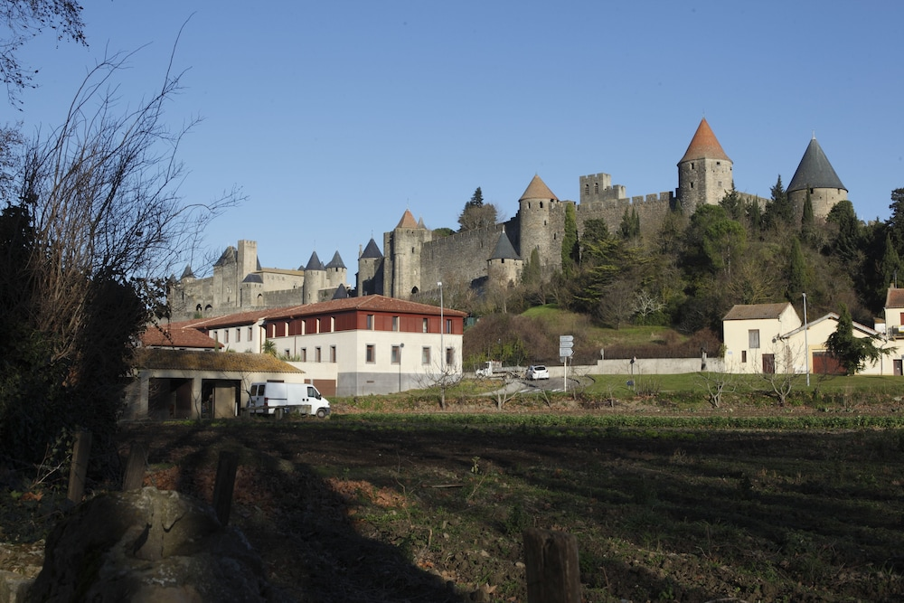 Adonis carcassonne r sidence la barbacane reviews for Hotels carcassonne