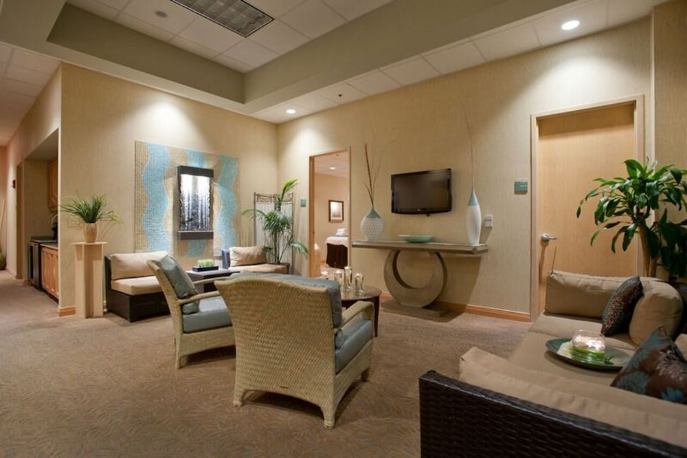 Spa, Embassy Suites by Hilton Charlotte-Concord-Golf Resort & Spa