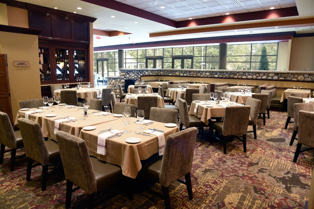 Restaurant, Embassy Suites by Hilton Charlotte-Concord-Golf Resort & Spa