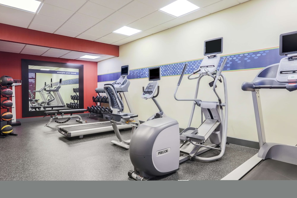 Fitness Facility, Hampton Inn & Suites Yuba City