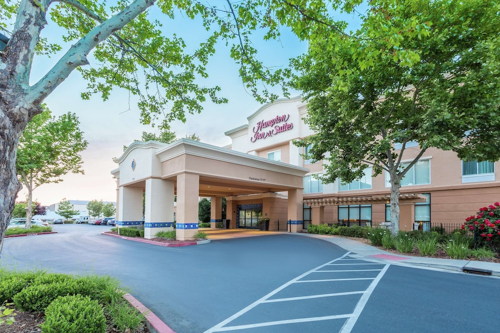 Featured Image, Hampton Inn & Suites Yuba City