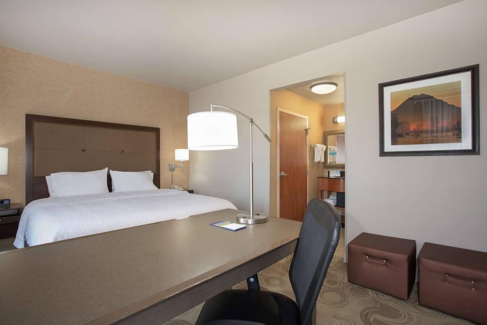 Room, Hampton Inn & Suites Yuba City