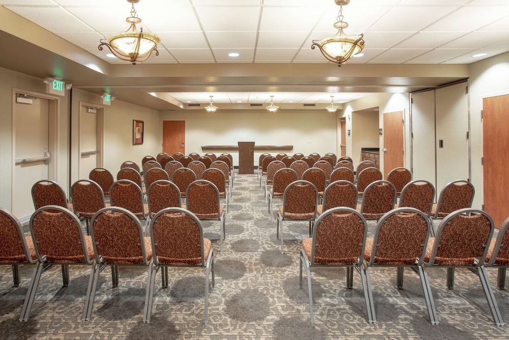 Meeting Facility, Hampton Inn & Suites Yuba City
