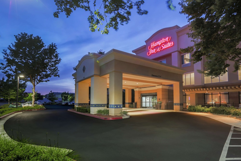 Exterior, Hampton Inn & Suites Yuba City