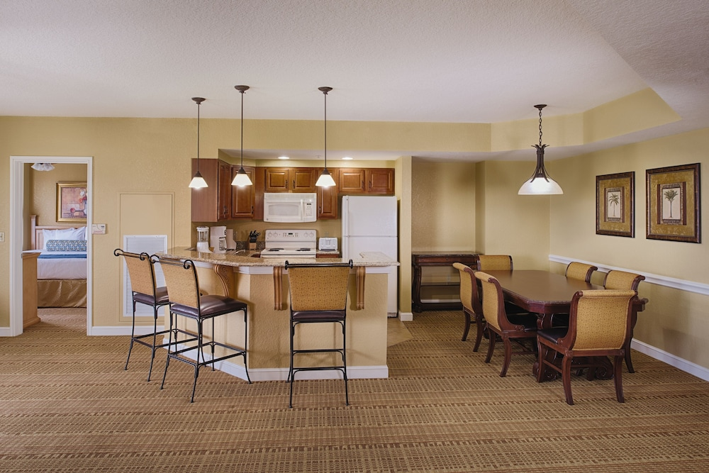 In-Room Dining, Club Wyndham Bonnet Creek