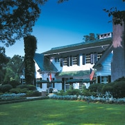 Morehead Inn