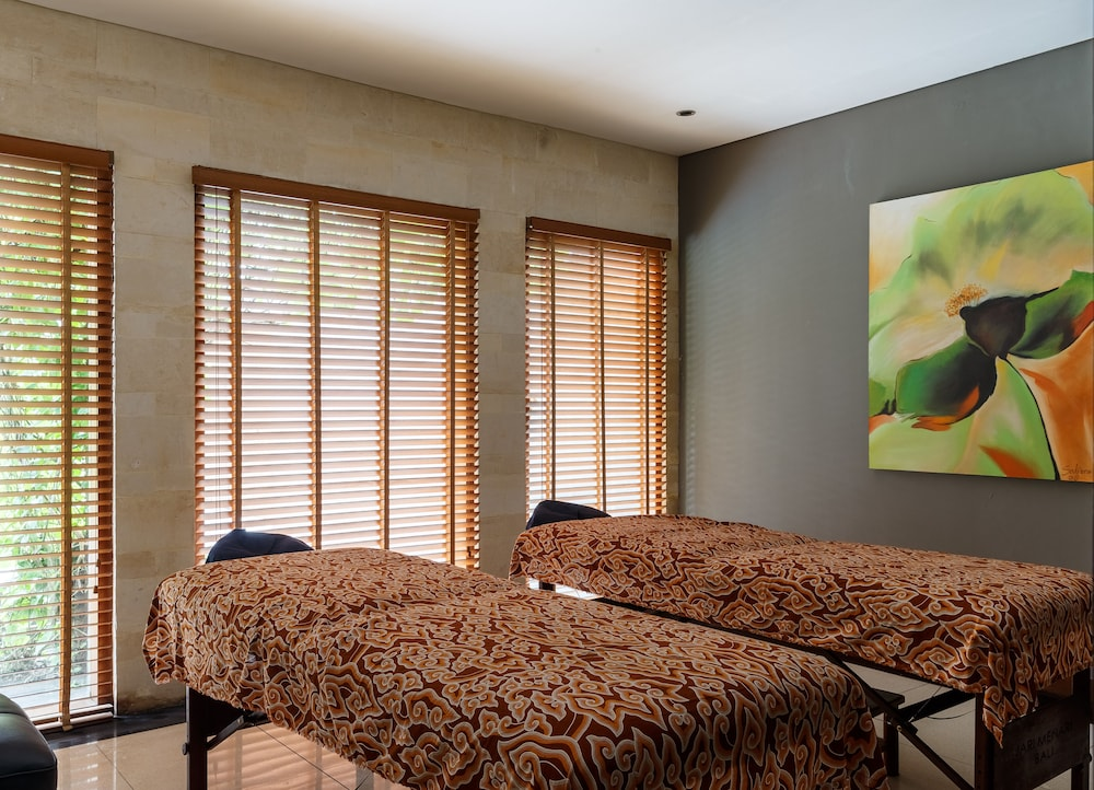 Massage in Accommodation, Jamahal Private Resort & Spa