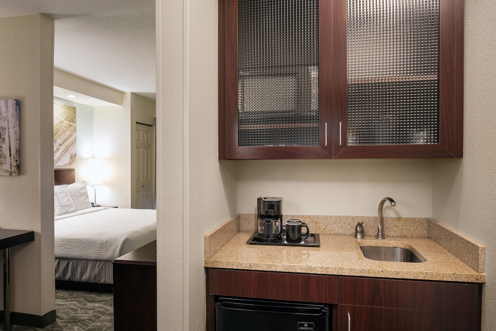 Room, SpringHill Suites by Marriott Bakersfield