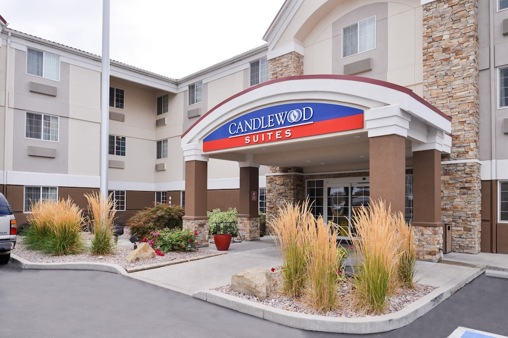 Property Entrance, Candlewood Suites Boise-Meridian