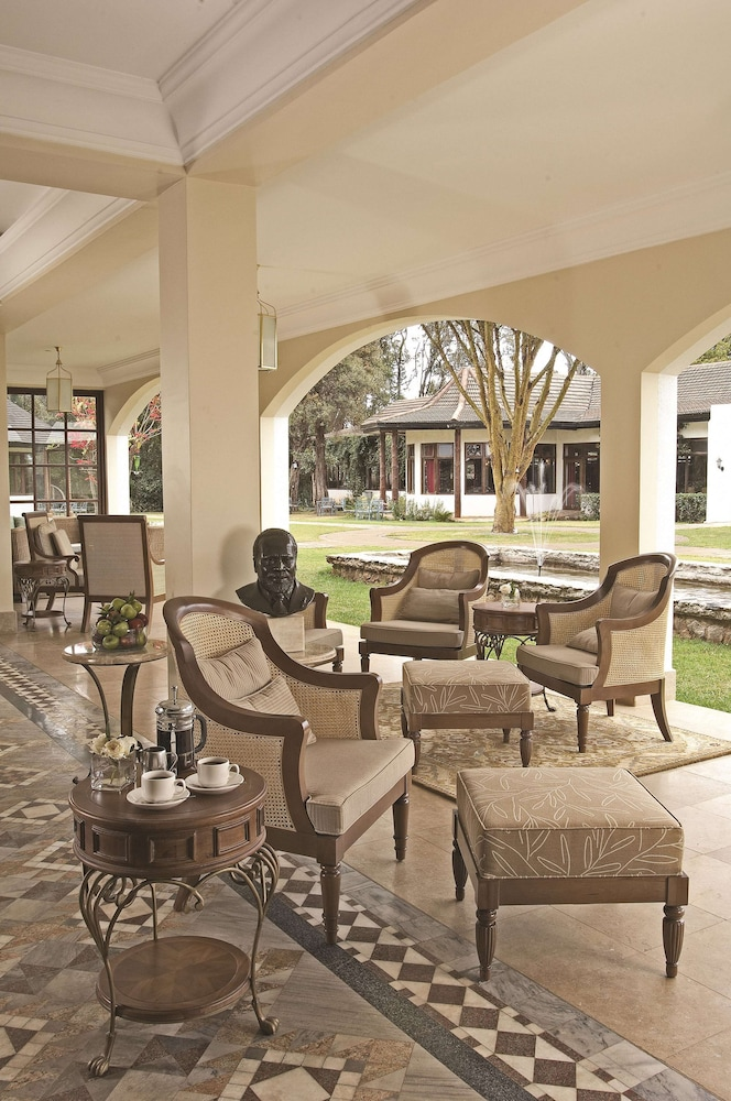 Lobby, Fairmont Mount Kenya Safari