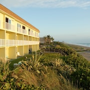 Tuckaway Shores Resort