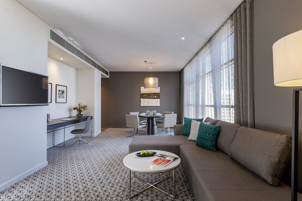 Living Room, Fraser Suites Sydney