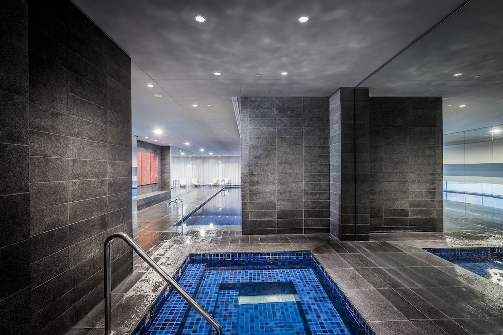 Exercise/Lap Pool, Fraser Suites Sydney