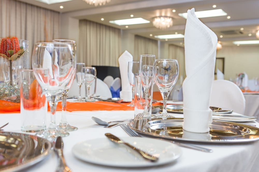 Banquet Hall, Best Western Fountains Hotel