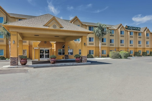 La Quinta Inn & Suites by Wyndham Tulare