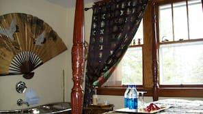 Iron/ironing board, free WiFi