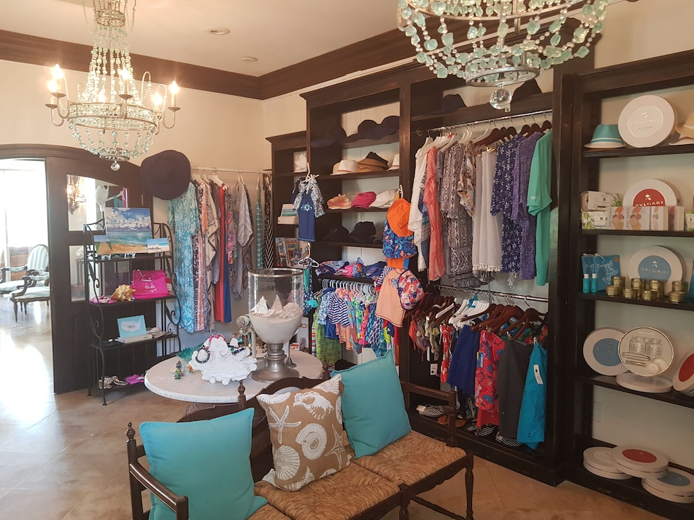 Gift Shop, The Somerset on Grace Bay