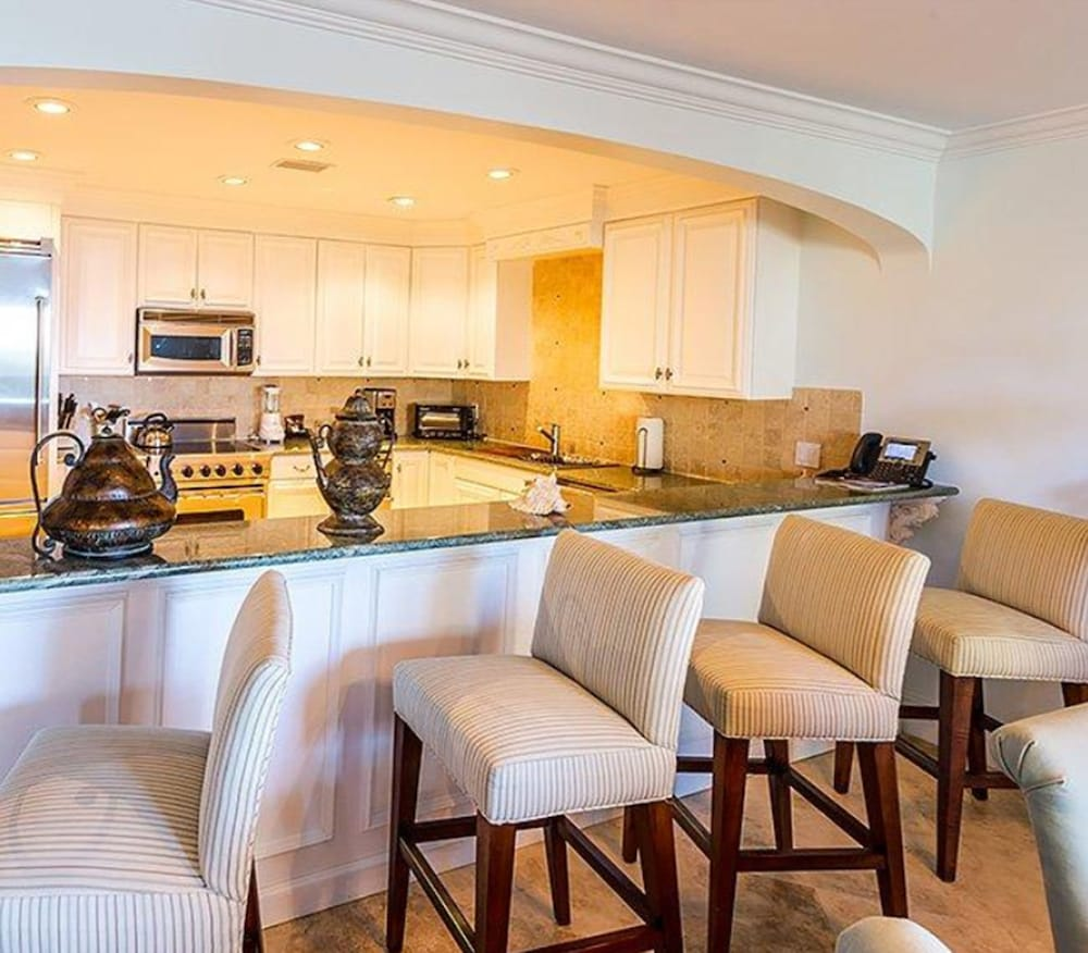 Private Kitchen, The Somerset on Grace Bay