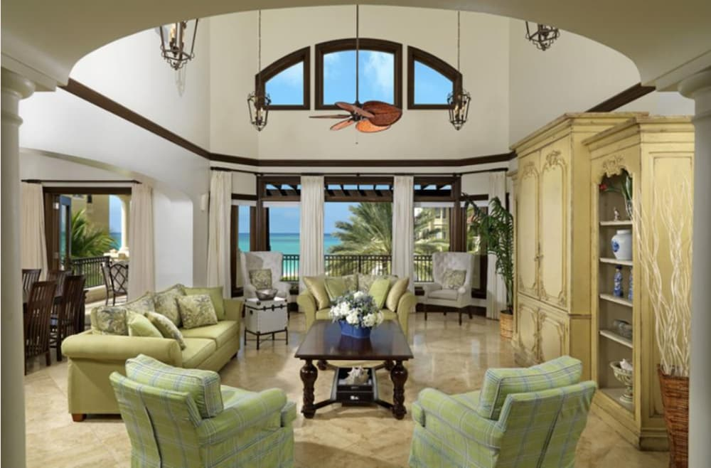 Living Room, The Somerset on Grace Bay