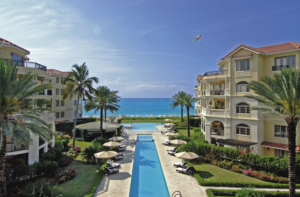Featured Image, The Somerset on Grace Bay