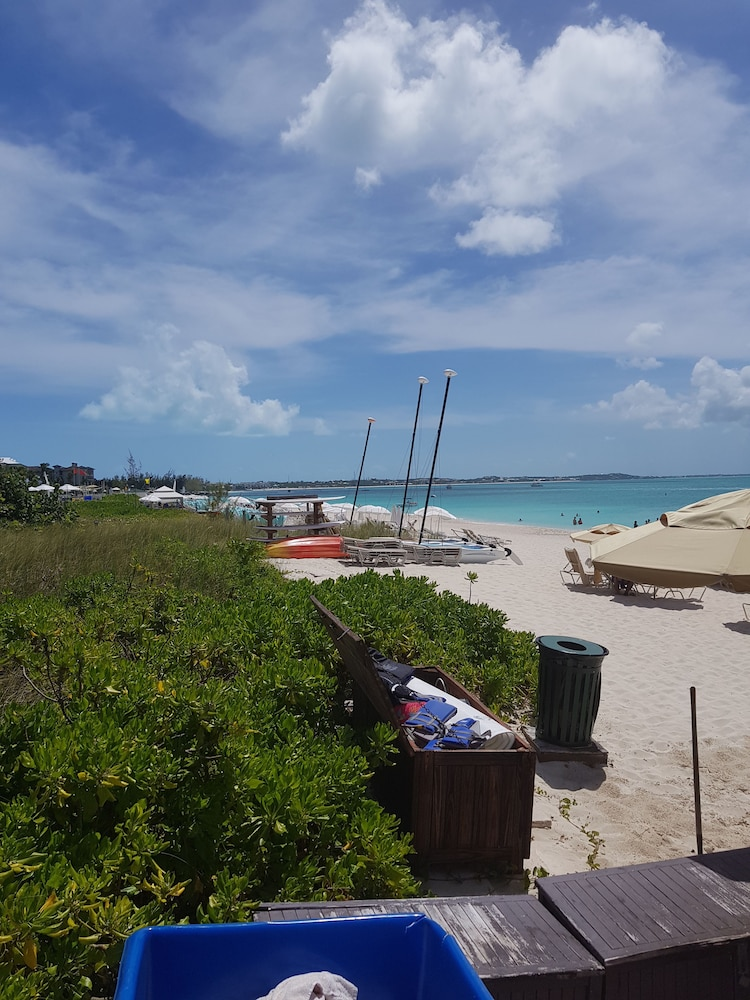 Boating, The Somerset on Grace Bay