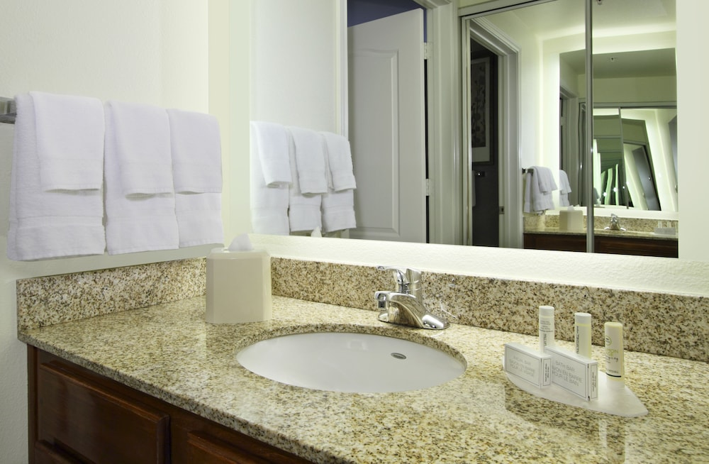 Bathroom, Residence Inn by Marriott DFW Airport North/Grapevine