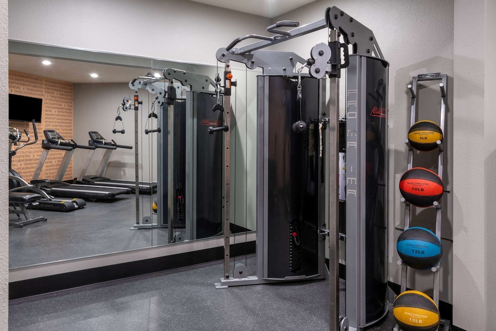 Fitness Facility, La Quinta Inn & Suites by Wyndham Fairbanks Airport