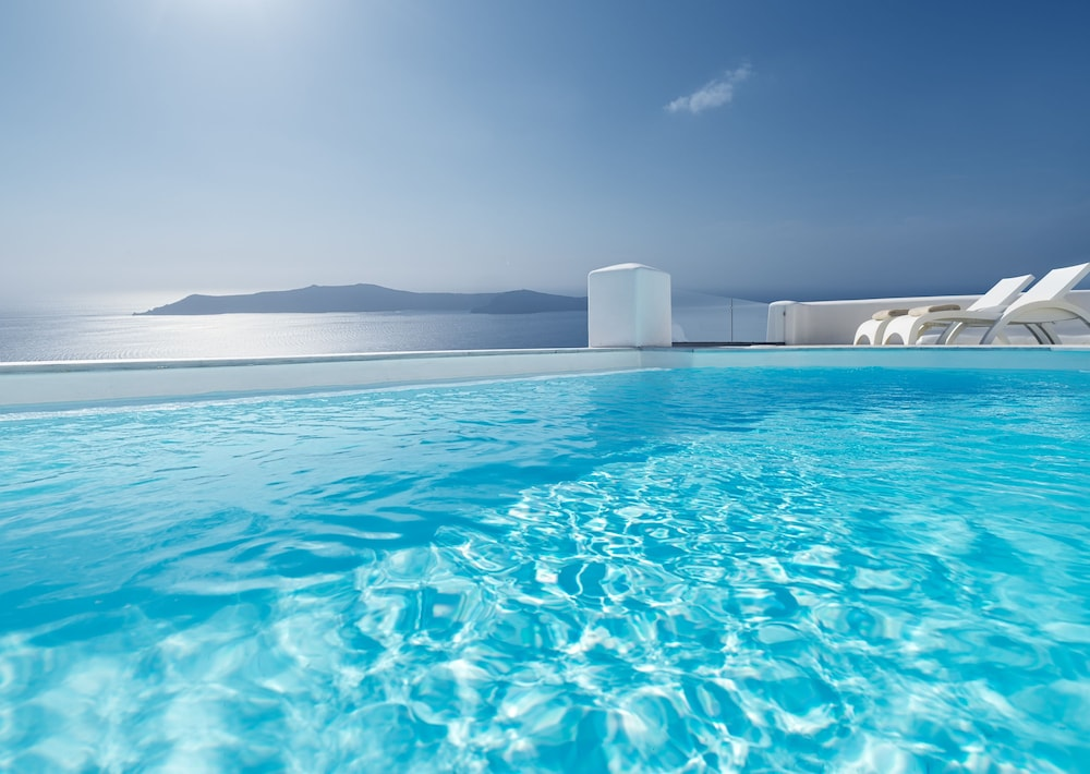 Outdoor Pool, Tholos Resort