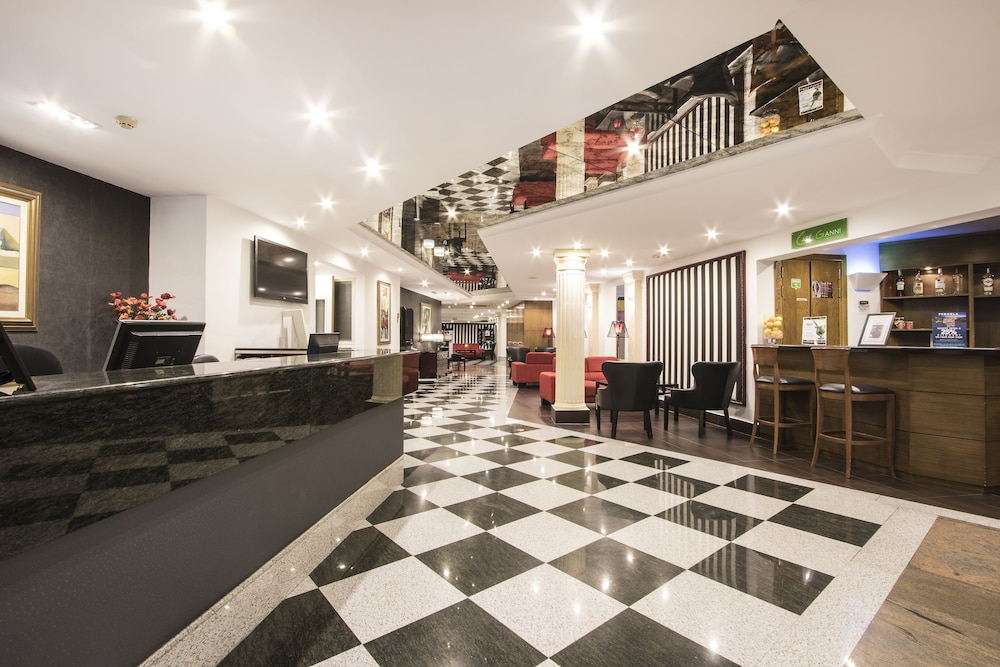 Pergola Hotel & Spa (Mellieha, Malta) | Expedia.it