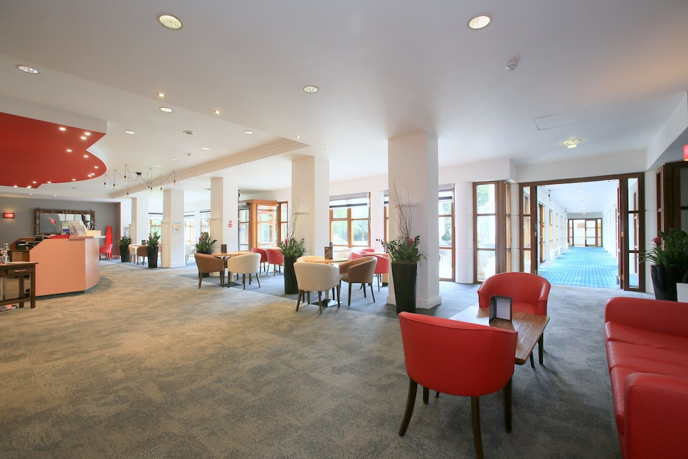 Lounge, Weetwood Hall Conference Centre & Hotel
