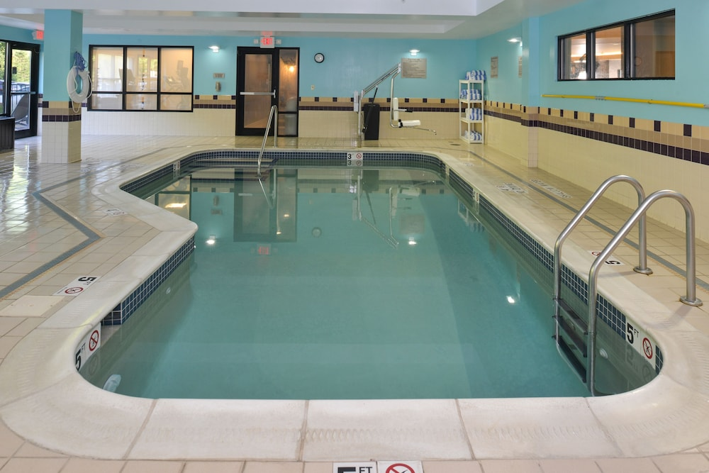 Indoor Pool, Springhill Suites by Marriott Pittsburgh Mills
