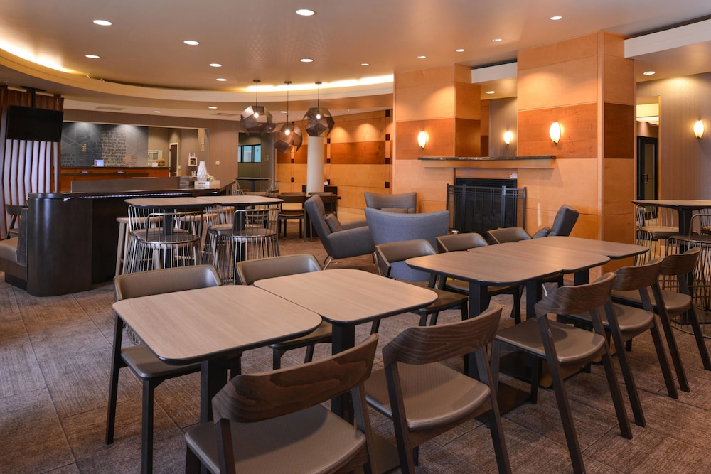 Restaurant, Springhill Suites by Marriott Pittsburgh Mills