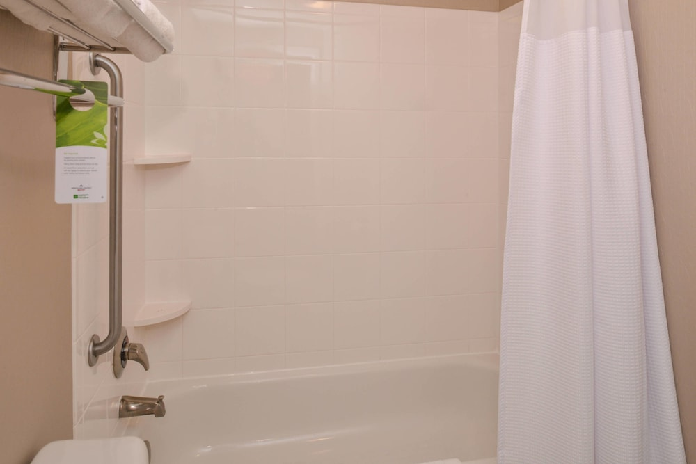 Bathroom, Springhill Suites by Marriott Pittsburgh Mills