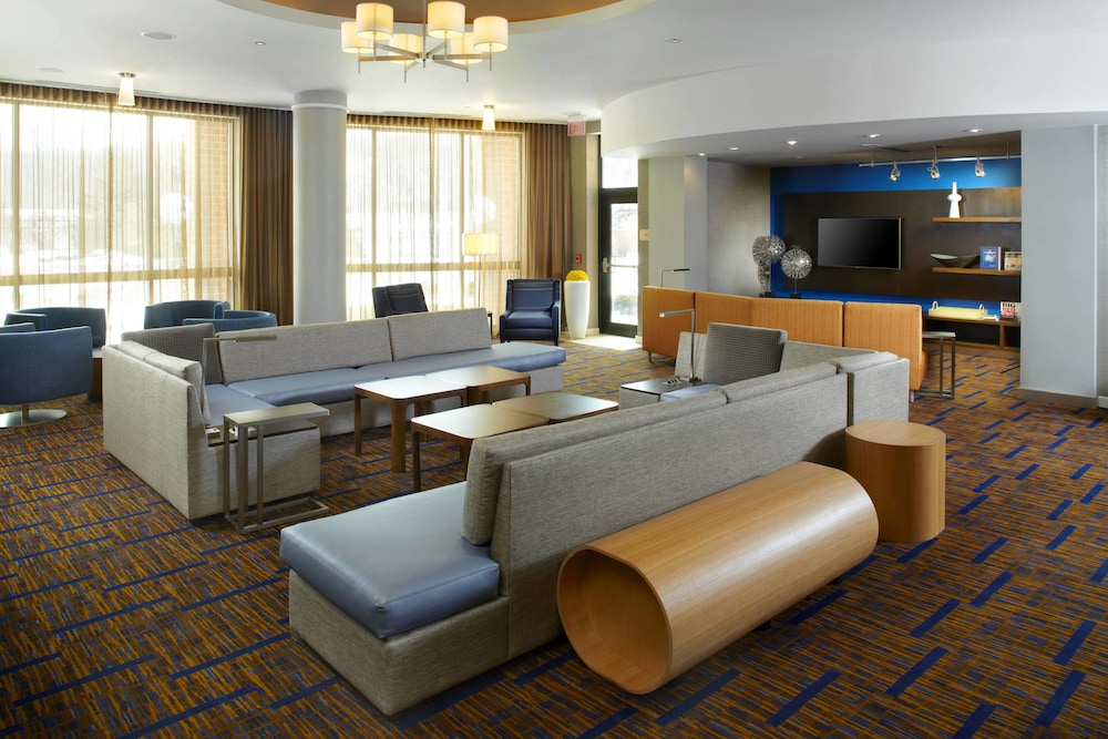 Courtyard By Marriott Dayton University Of In Hotel Rates Reviews On Orbitz