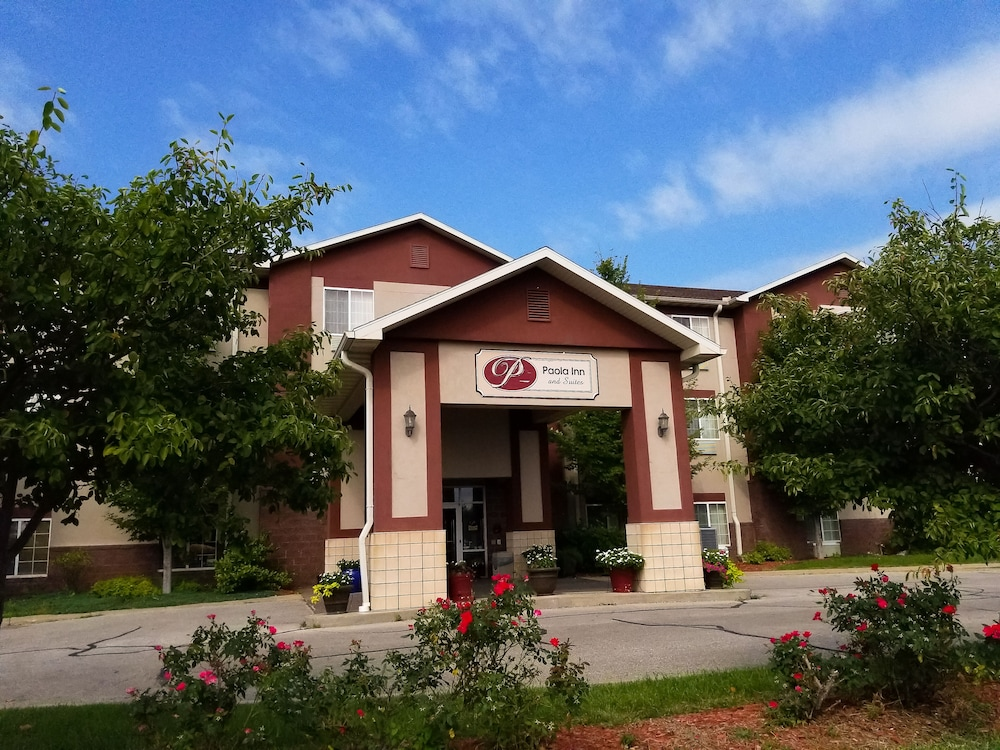 Featured Image, Paola Inn And Suites